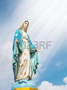 1883073573_84124521-maria-madre-di-ges-a-cattedrale-dell-immacolata-concezione-con-luce-leggera.jpg.3b44a7e63354872ba5f63bc77247eb0d.jpg