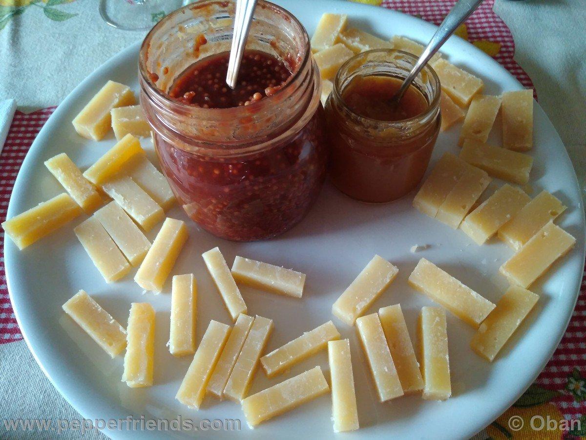 Pecorino, Marmellata Piccante & Mostarda Al Miele - 01.jpg