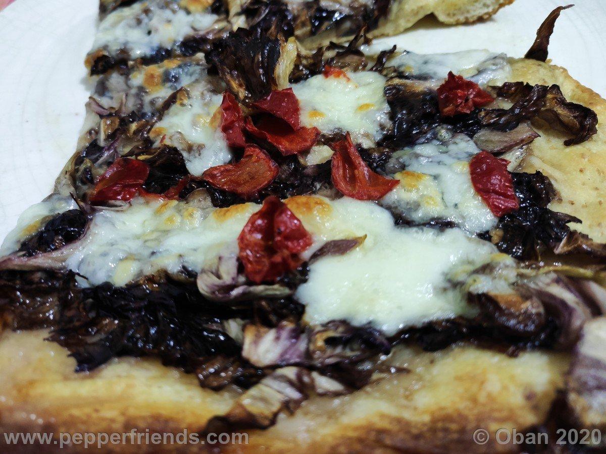 Pizza Radicchio - 01.jpg